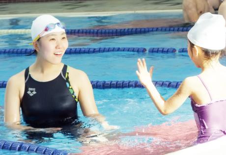 水泳指導を通じて子どもたちの成長に携わる喜び。